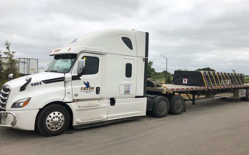Flatbed - Wilson Trailer Premier All Aluminum Flatbeds feature one-piece flanges with no splices and no potential for 'Section Joint' cracking at Falcon.