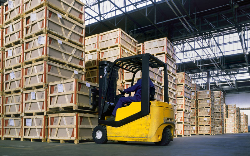 Manufacturing Industries- Falcon Motor Xpress Ltd specializes in the transportation of retail, commercial and industrial goods throughout the North American markets.